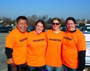 CTPost_Rep_Tony_Hwang - Giving_Thanks_and_Commitment_to_Community_Fairfield_Beach_Cleanup_photo